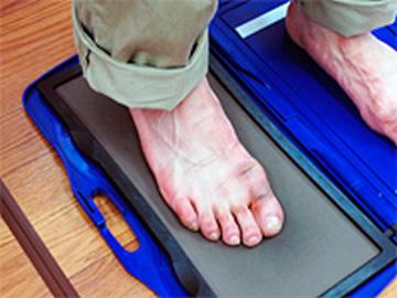 足圧を測る