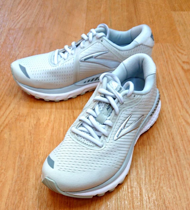 運動靴もありますよ♪